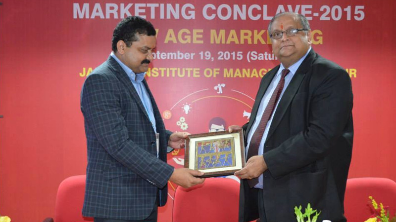 mkt-conclave1