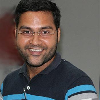 Dr Aalok Kumar